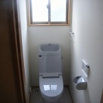 掃除が簡単にできるすっきりしたトイレ